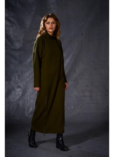 Eda Atalay Fermuar Detaylı Triko Elbise Haki